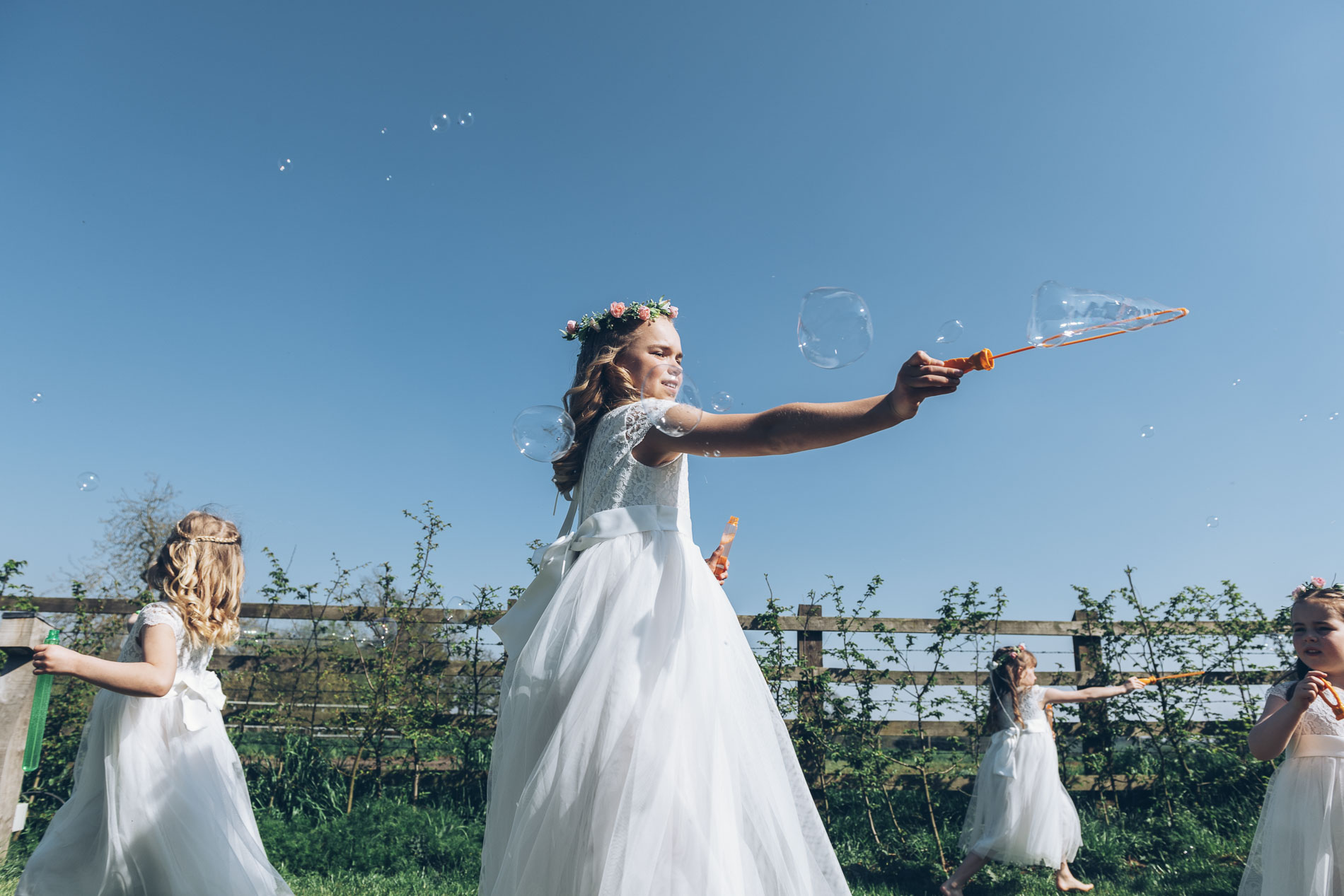 An elegant Easter Wedding At Redcoats, Hitchin
