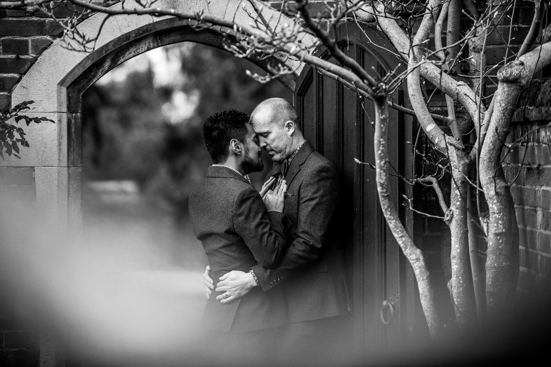 Documentary wedding photos from Lanwadse Hall